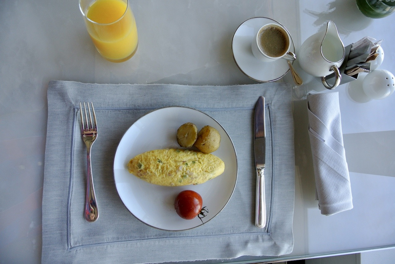 Made-to-order omelet